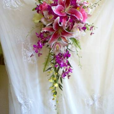 Cascading Bouquet 6