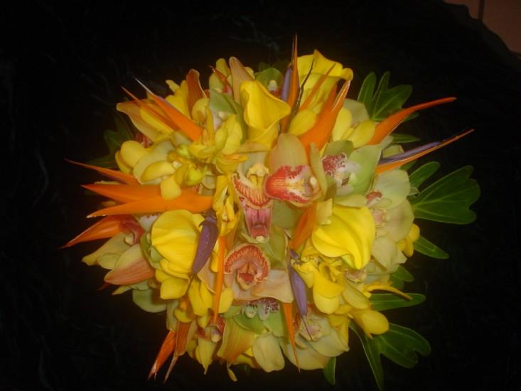 Handheld Bouquet 25