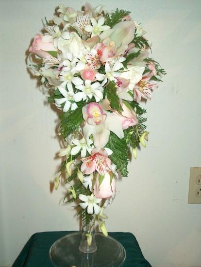 Cascading Bouquet 4
