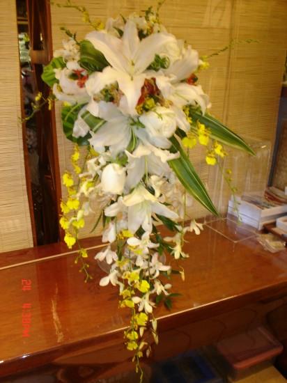 Cascading Bouquet 9